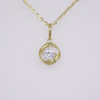 9ct yellow gold cz single stone pendant in knot setting PE5229