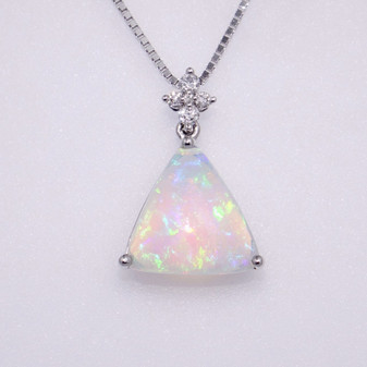 9ct white gold opal and diamond pendant PE4962