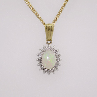 9ct gold opal and diamond cluster pendant PE3223