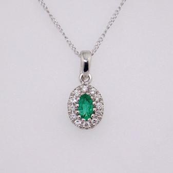 18ct white gold emerald and diamond pendant PE5125