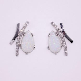 18ct white gold opal and diamond earrings ER8413