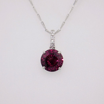9ct white gold raspberry garnet and diamond pendant PE5247