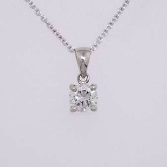 Platinum diamond solitaire pendant PE5220