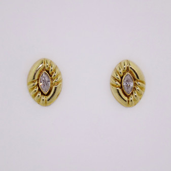 9ct yellow gold and cubic zirconia stud earrings ER2064