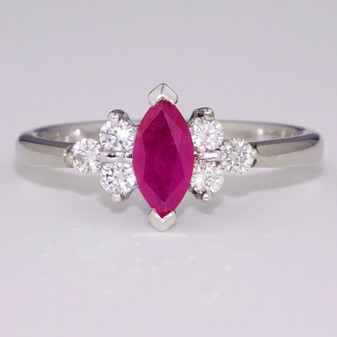 18ct white gold ruby and diamond ring GR3008
