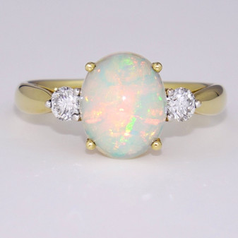 18ct yellow gold opal and diamond ring GR5924