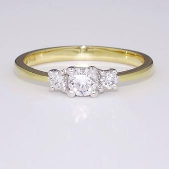 18ct gold diamond trilogy ring GR3812