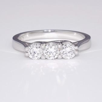 Platinum diamond trilogy ring GR3353