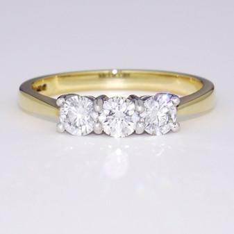 18ct gold diamond trilogy ring GR3374