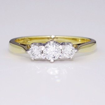18ct gold diamond trilogy ring GR2416