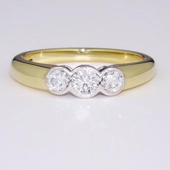 18ct gold diamond trilogy ring GR2695