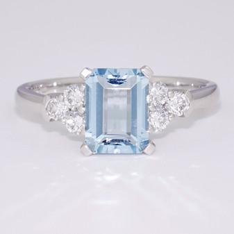 Platinum aquamarine and diamond ring GR6000
