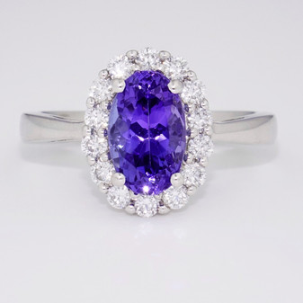 18ct white gold tanzanite and diamond cluster ring GR3316