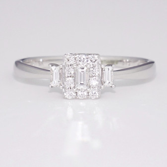 9ct white gold diamond cluster ring GR5324