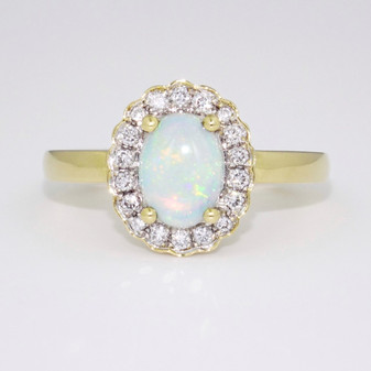 18ct gold opal and diamond ring GR3671