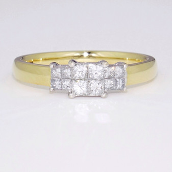 18ct yellow gold tile set princess cut diamond ring GR3659