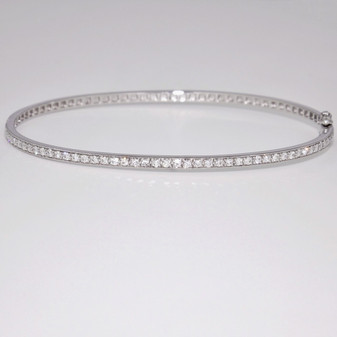 9ct white gold diamond bangle BA995