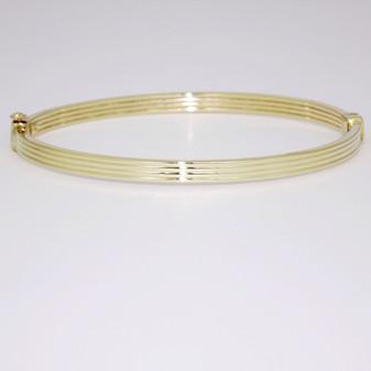 9ct yellow gold bangle BA1028