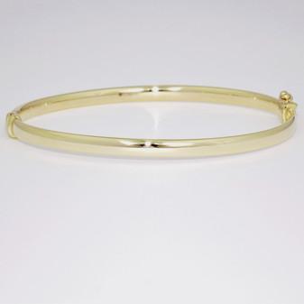 9ct yellow gold court shaped bangle BA1031