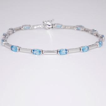 9ct white gold blue topaz bracelet BRA5612