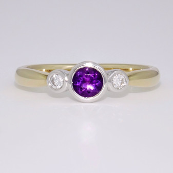 9ct gold amethyst and diamond rubover ring