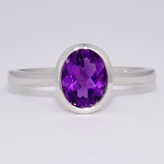 9ct white gold oval cut amethyst rubover ring