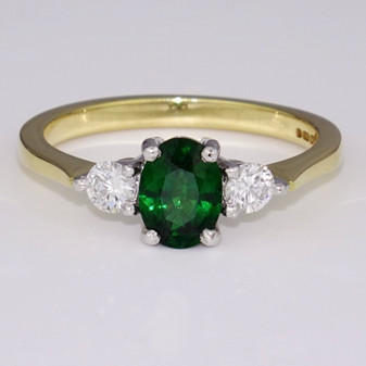 18ct gold tsavorite garnet and diamond ring