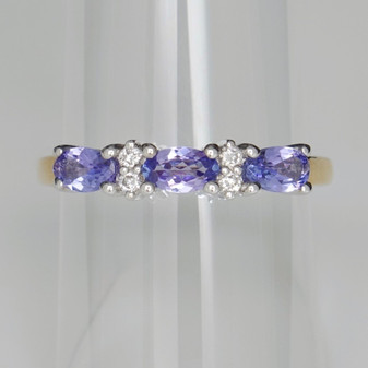 9ct gold tanzanite and diamond ring