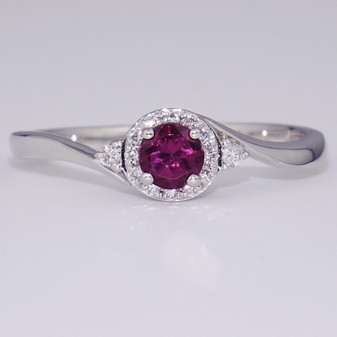 9ct white gold raspberry garnet and diamond twist ring