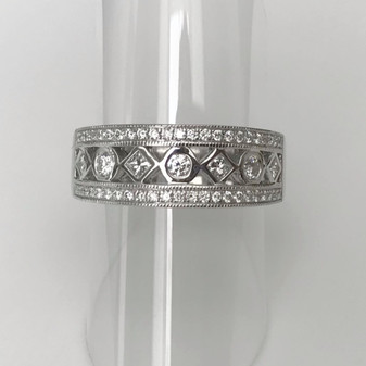 18ct white gold wide diamond ring