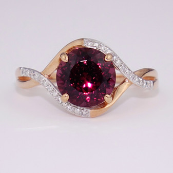 9ct rose gold raspberry garnet and diamond ring