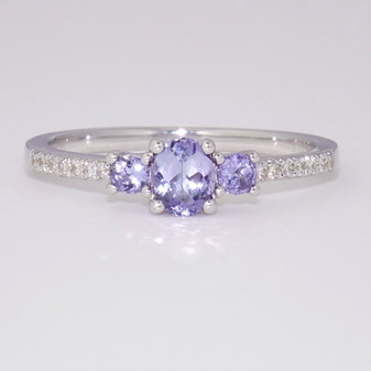 9ct white gold tanzanite and diamond ring