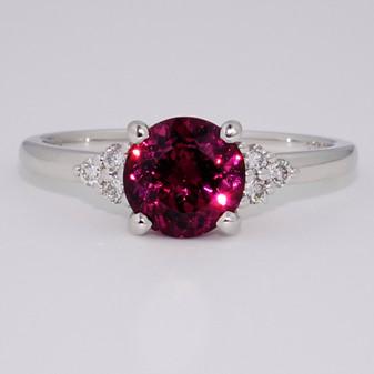 9ct white gold round cut raspberry garnet and round brilliant cut diamond ring