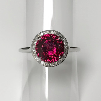 9ct white gold raspberry garnet and diamond ring