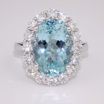 18ct white gold aquamarine and diamond cluster ring GR3782
