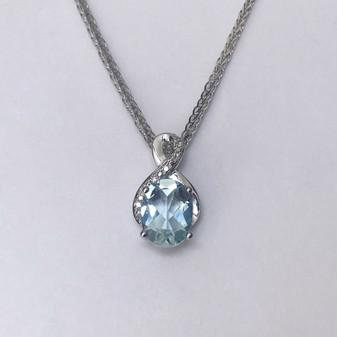 9ct white gold aquamarine and diamond pendant