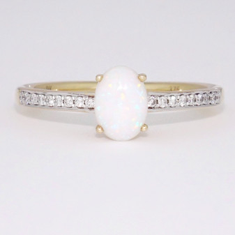 9ct gold opal and diamond ring