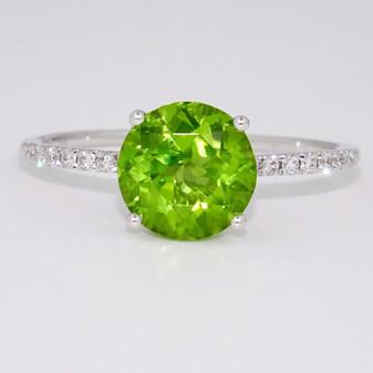 9ct white gold peridot and diamond ring