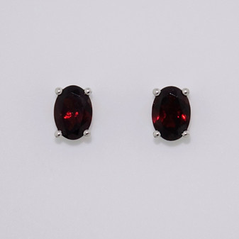 9ct white gold oval garnet stud earrings