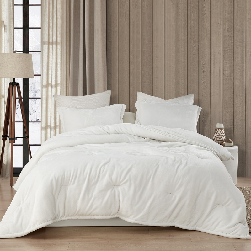 Affordable Luxury Plush Twin, Queen, or King Bedding Blanket Made with Super Soft Bedding Materials