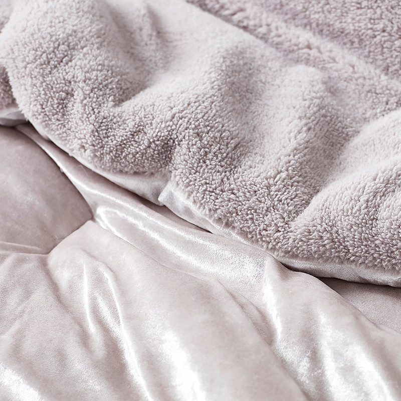 Beautiful Pink Twin, Queen, or King Bedspread Inexpensive Twin, Queen, or King Coma Inducer Comforter