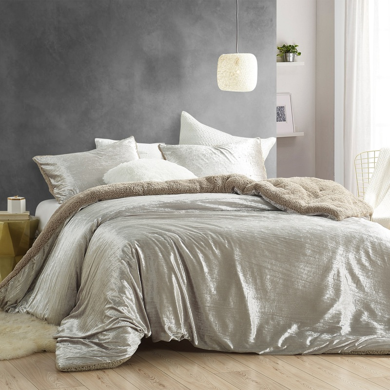 High Quality Twin, Queen, or King Oversized Comforter with Super Soft Pillow Shams