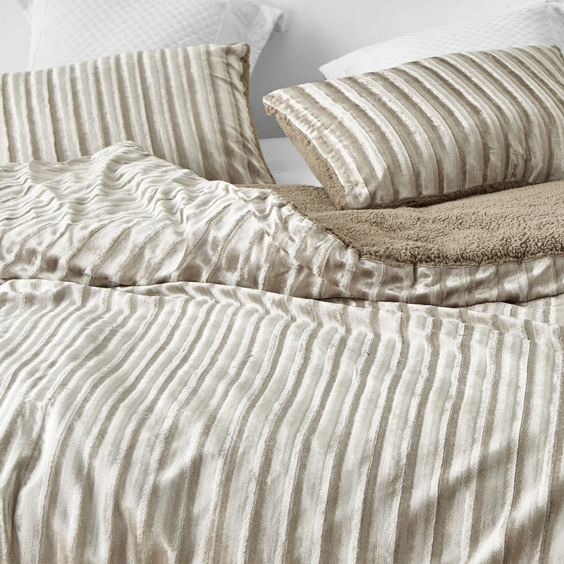 Machine Washable Soft Plush Twin, Queen, or King Oversized Comforter Set