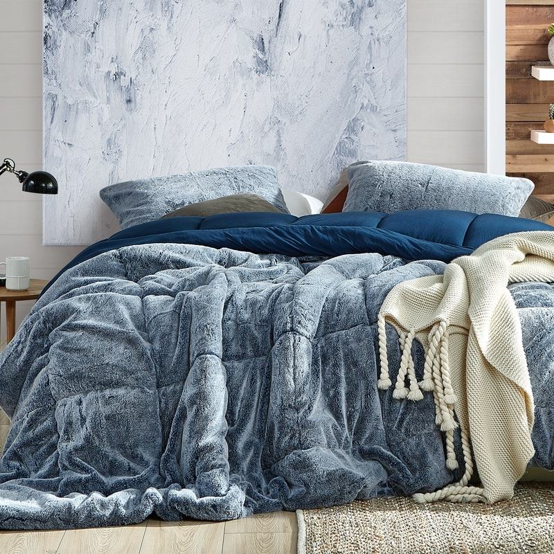 Oversized Blue Twin, Queen, or King Comforter Set with Matching Pillow Shams