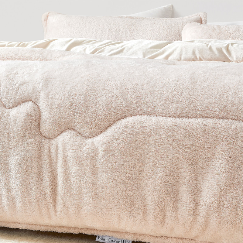 Most Comfortable XL King Bedding Made with Machine Washable Bedding Materials