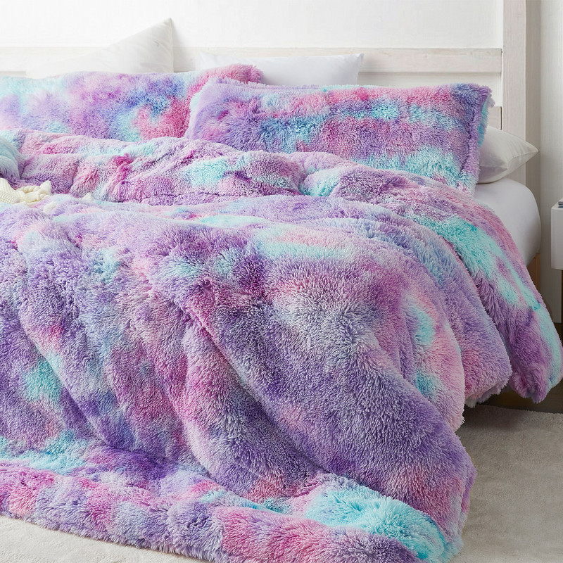 Unique Plush Comforter with Extra Long and Extra Wide Twin, Queen, or King Comforter