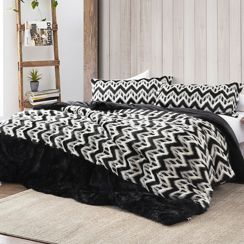 Super Soft Faux Fur Twin, Queen, or King Extra Large Comforter Set with Cozy Faux Mink Reverse