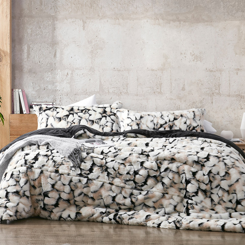 True Oversized Twin, Queen, or King Plush Comforter with Matching Standard/Queen or King Pillow Shams