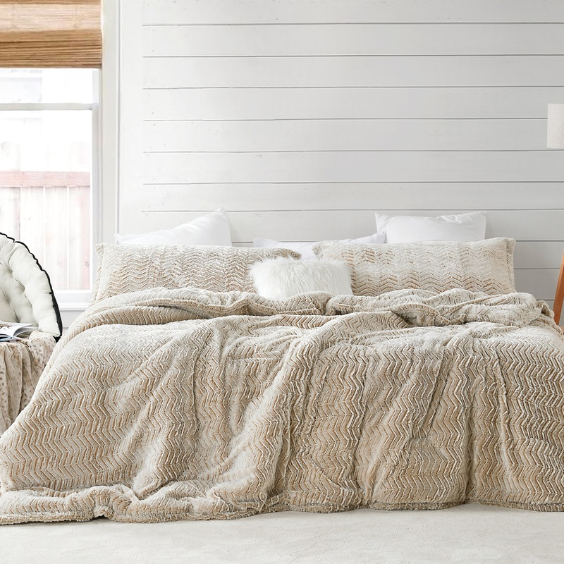 True Oversized Twin, Queen, or King Bedspread with Stylish Chevron Pattern