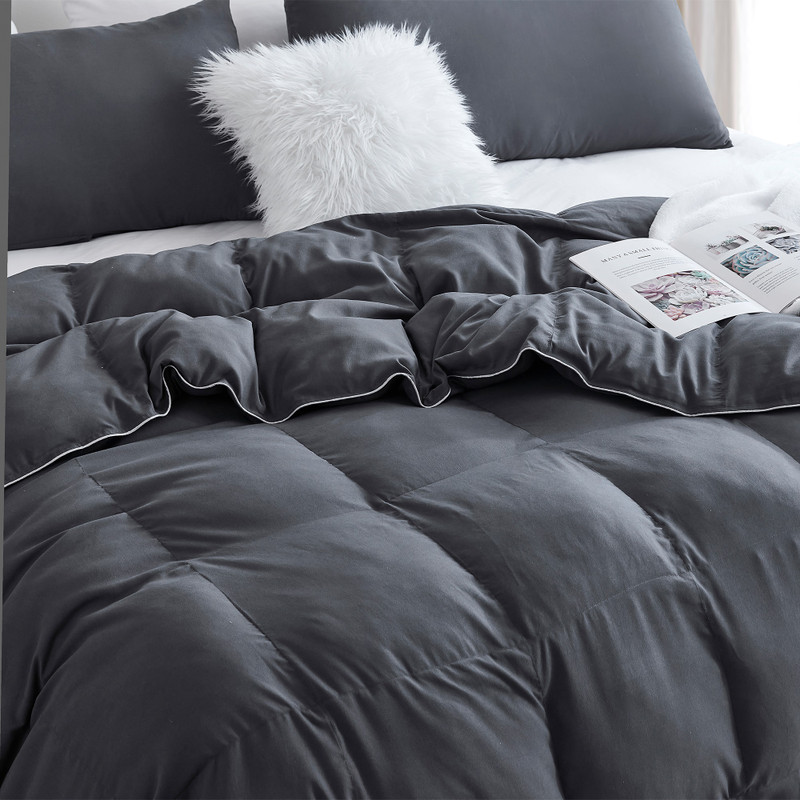 Soft Microfiber and Fluffy Fill Coma Inducer Comforter for Warm Sleepers